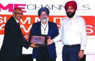 S C MITTAL OF BIZTEK ADVISORS GIVING AWAY SUPER50 AWARD TO INFOTECH COMPUTERS & COMMUNICATIONS