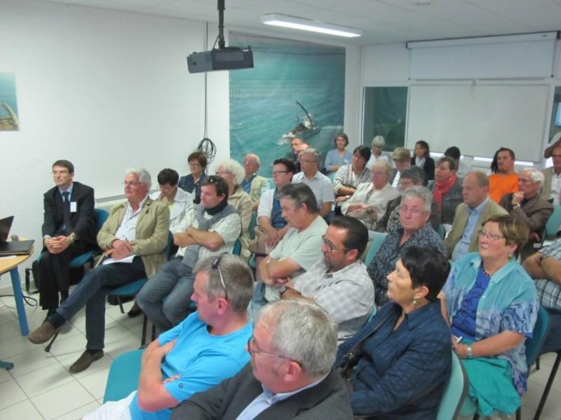 L'assemblée des membres du SMEL en visite au centre expérimental (@SMEL)