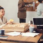 Eat_at_desk
