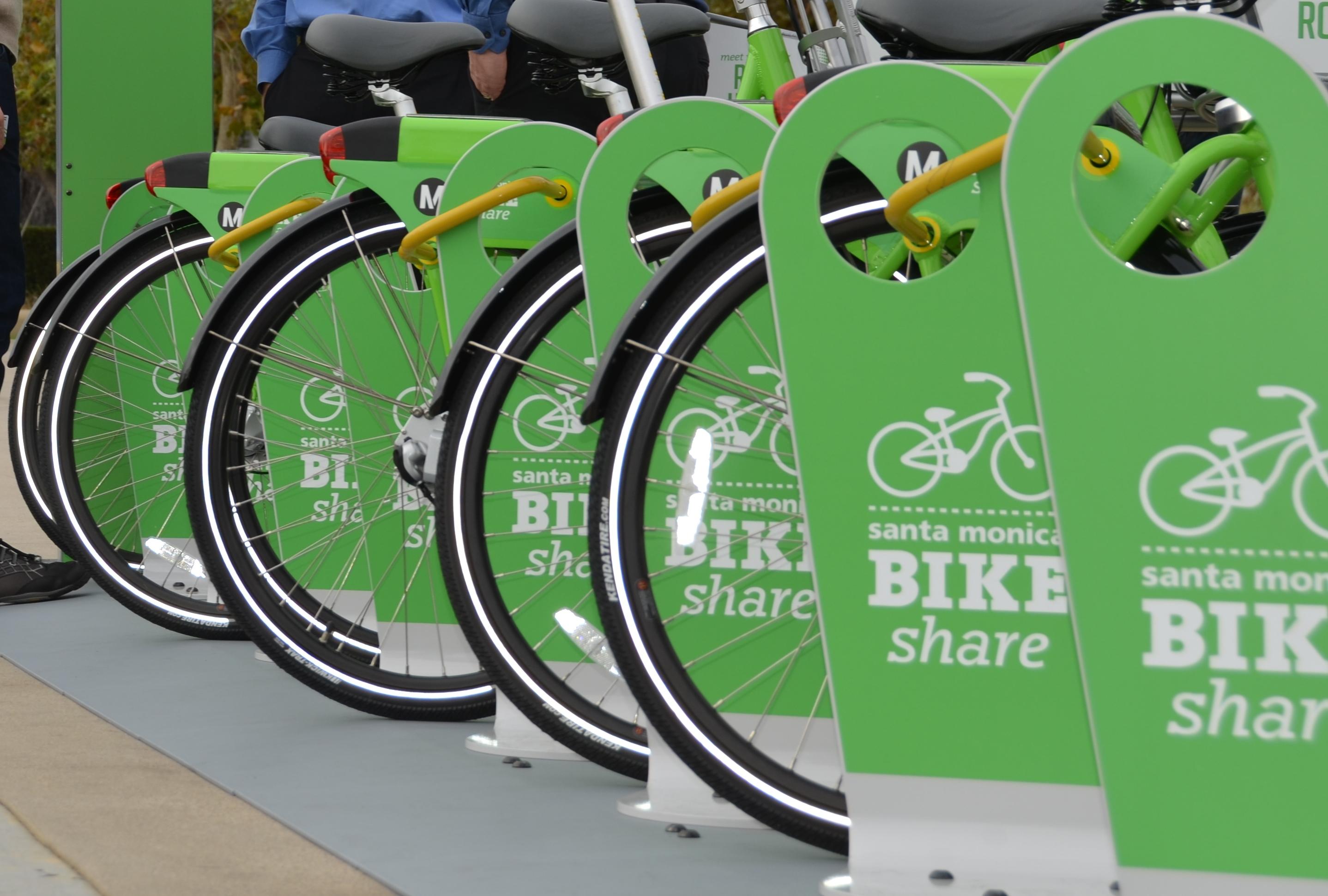 Bikeshare racks with wheels