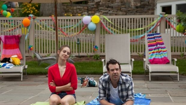 Just Friends: Alison Brie and Jason Sudeikis in the quality sex comedy Sleeping with Other People.