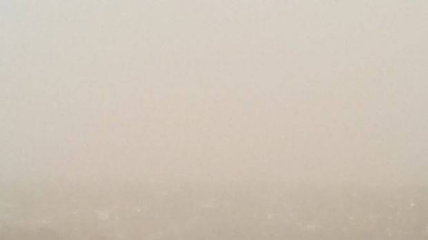 Dust storm hits Geelong