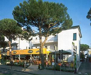 hotel Jesolo Piazza Brescia Piazza Manzoni