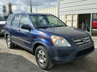 CLEAN AND NEAT 2003 HONDA CR-V FOR SALE CALL MR THOMAS ON 09031964927