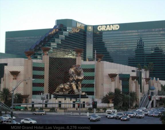 BIGGEST   HOTEL ... LAS VEGAS MGM Grand Hotel..Las Vegas..6,276 rooms)