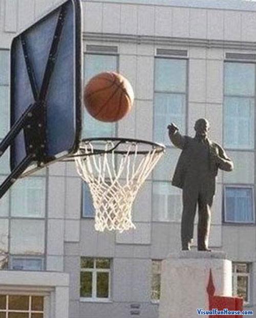 That statue just got a three pointer!