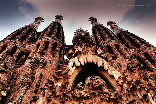 A fantastic photo detailing the exterior of the La Sagrada Familia church  by Christopher Chan [Flickr]