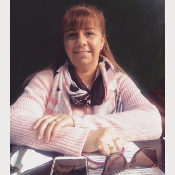 Mum sitting at cafe