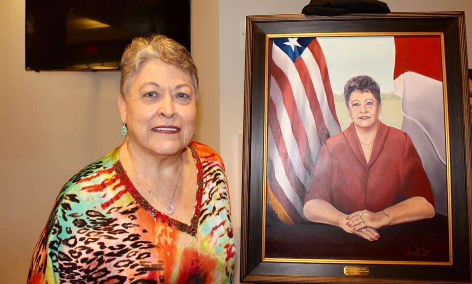 Smiths Station honors service city's first-ever mayor