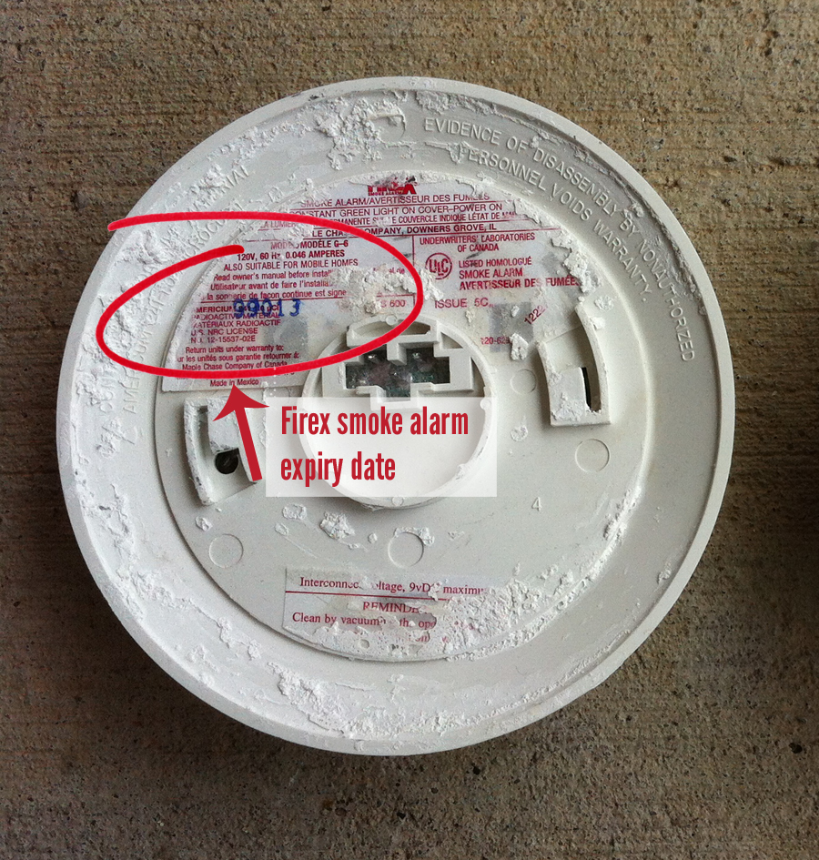 hight resolution of firex smoke alarm chirping or beeping