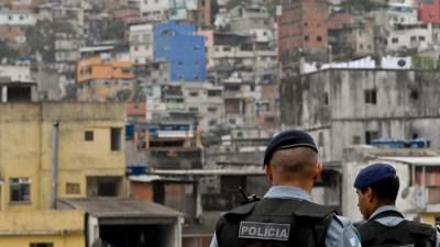 FAVELA SEM INTERVENÇÃO POLICIAL JÁ LEGALIZAÇÃO DA MACONHA E FIM DA PM   PARTE 2