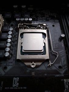 CPUスロット