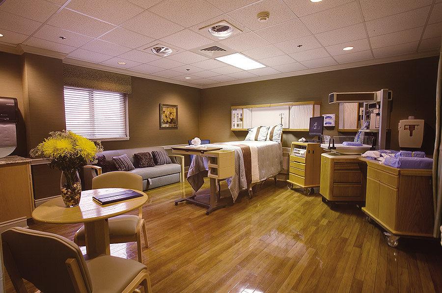 single sleeper chair gray velvet smrmc maternity: ldrp suites