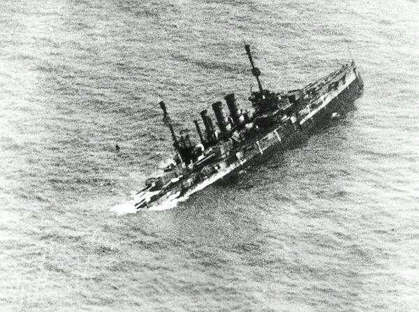 https://i0.wp.com/www.sms-navy.com/bb/SMS_Ostfriesland_12632_sinking.jpg?w=600&ssl=1