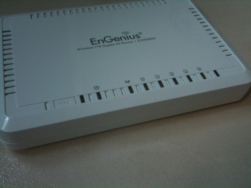 EnGenius ESR9850 Wireless N Router Unboxing