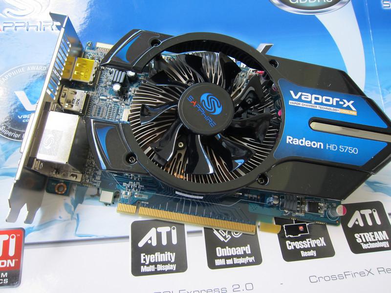 Sapphire Radeon HD5750 1GB GDDR5 Unboxing