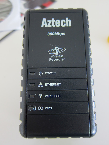 Aztech WL556E, Portable 300Mbps Wireless-N Extender