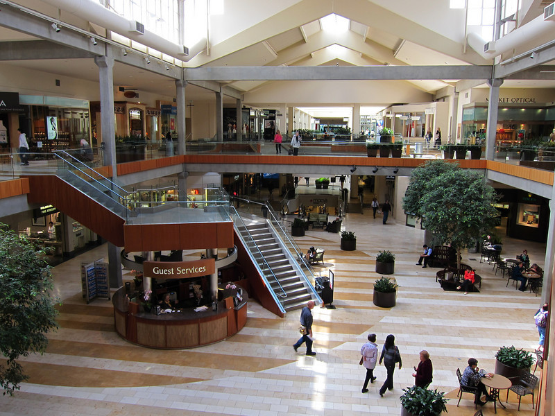 Shops at Bellevue Square Mall