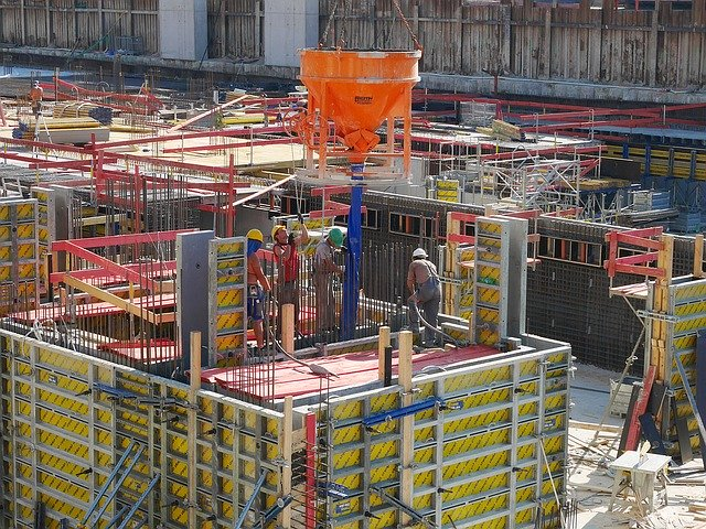 Two Way Radio Communications For Building Sites
