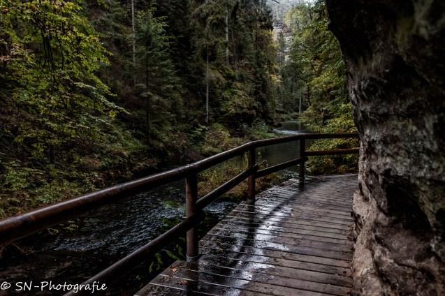 Wanderweg entlang der Kamnitzklamm