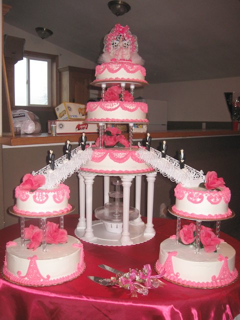 9 Hot Pink Quince Cakes Photo Quinceanera Cakes With Roses Pink