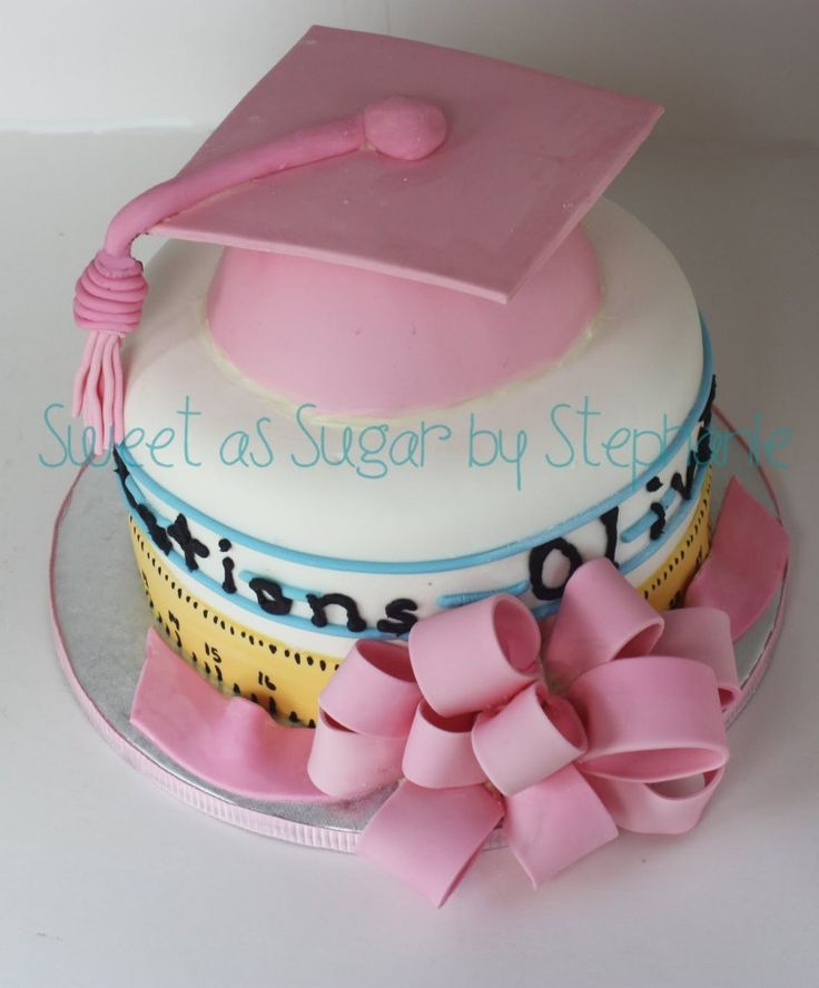12 Senior Girls Graduation Cakes Photo Girly Graduation Cake Ideas