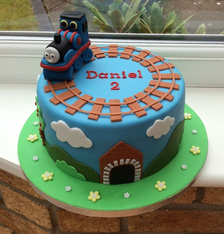 7 Thomas The Train Sams Club Cakes Designs Photo Thomas Train