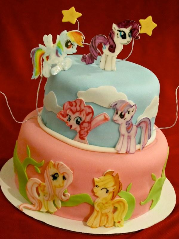 7 Big Specialty Cakes