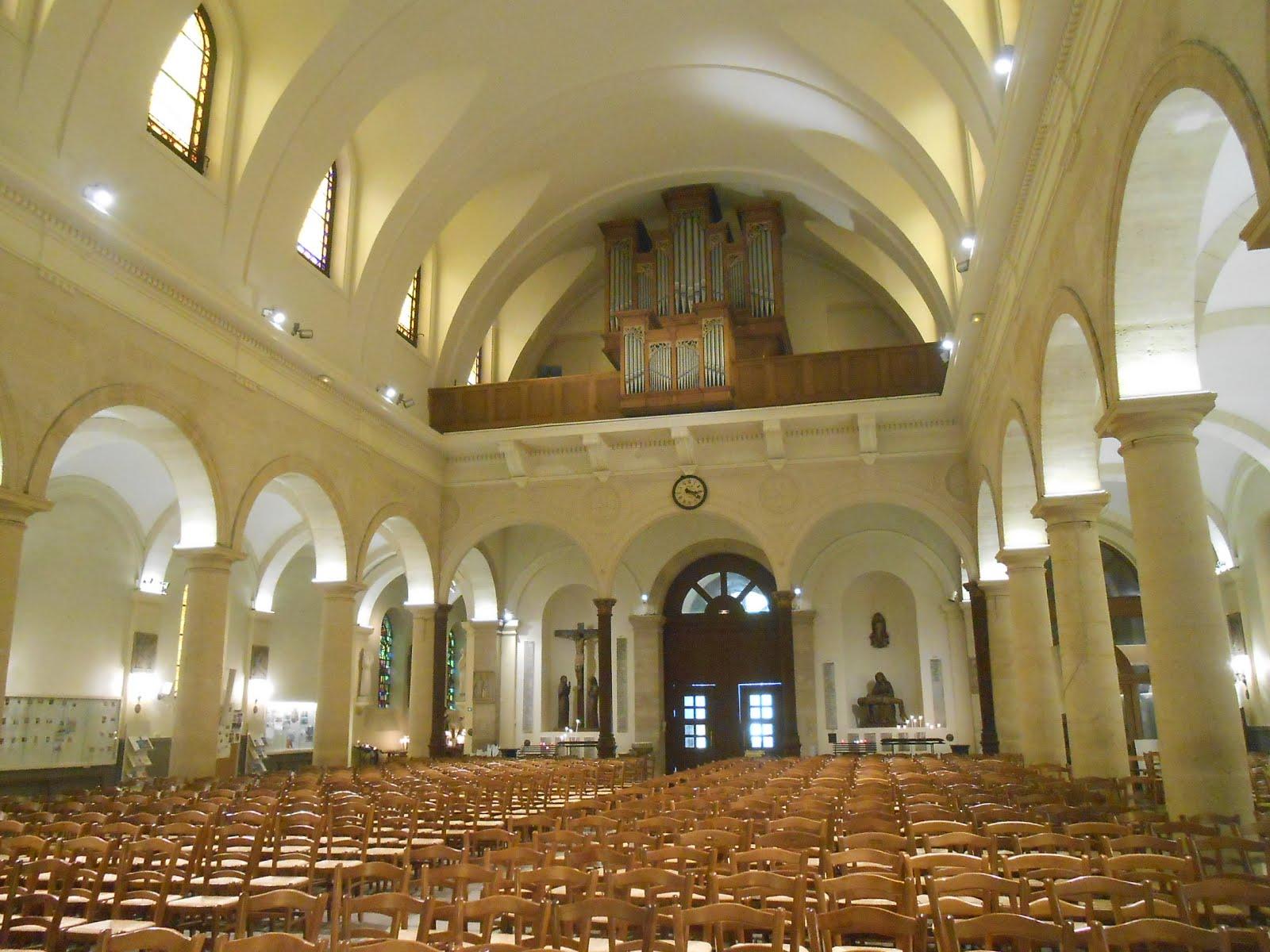 Saint Jean-Baptiste de Grenelle recrute en un organiste titulaire en cdi