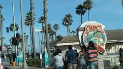 huntington beach, rubys, main street, cops, Police, Pedestrian, Tree, Plant, Arecaceae, Palm Tree, Building, Vacation