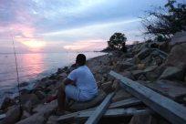Water, Rock, Sky, Fishing, Wood, Sun, Ocean, Sea, Sunrise, Rubble, Shoreline, Angler, Slate, Coast, Horizon