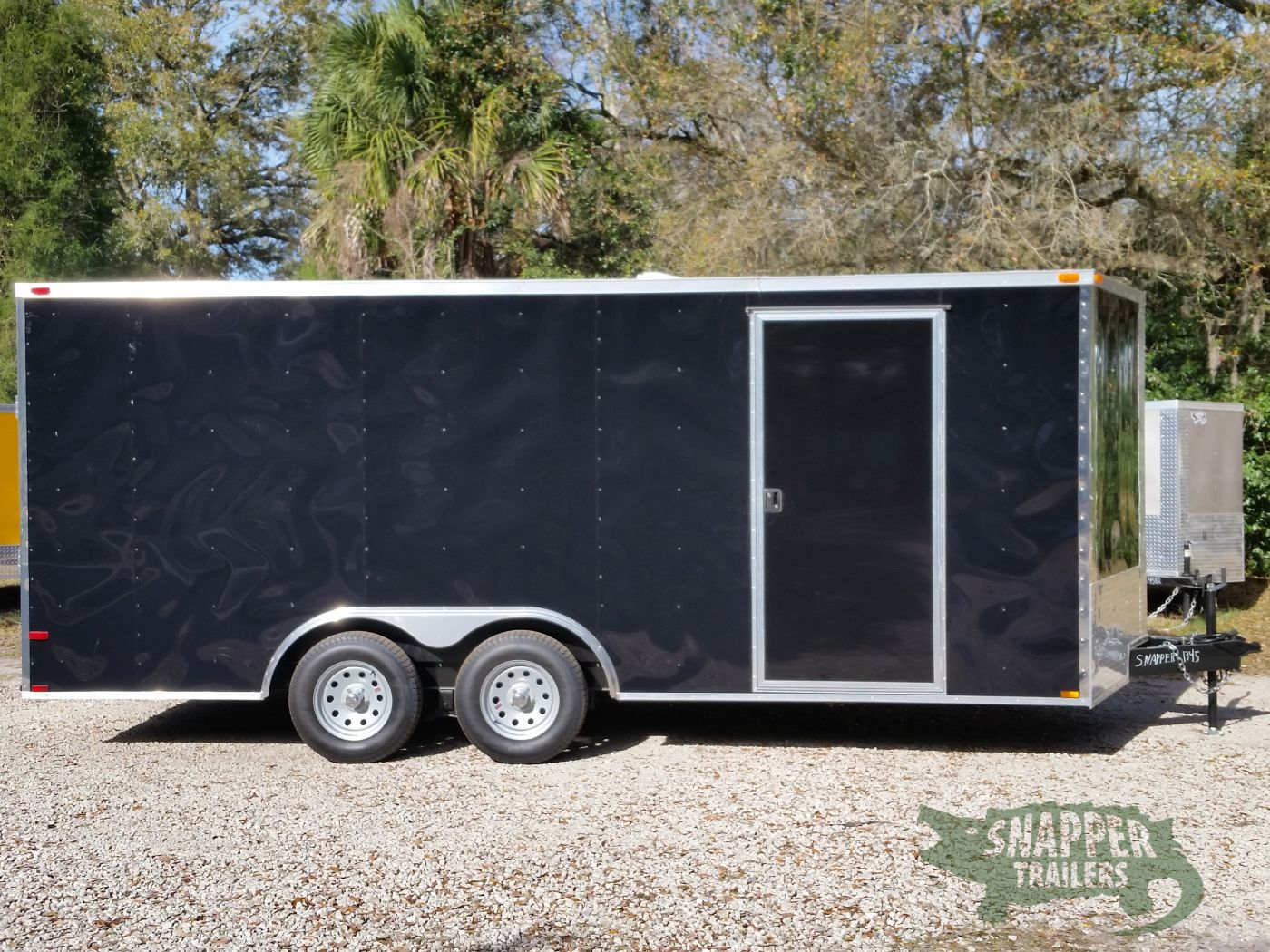 D And D Trailers >> 8 5x18 Ta Trailer Black Ramp Side Door And D Rings Snapper Trailers