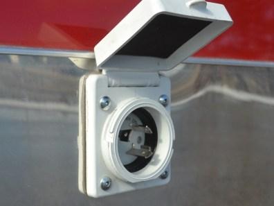 Exterior Motorbase Plug