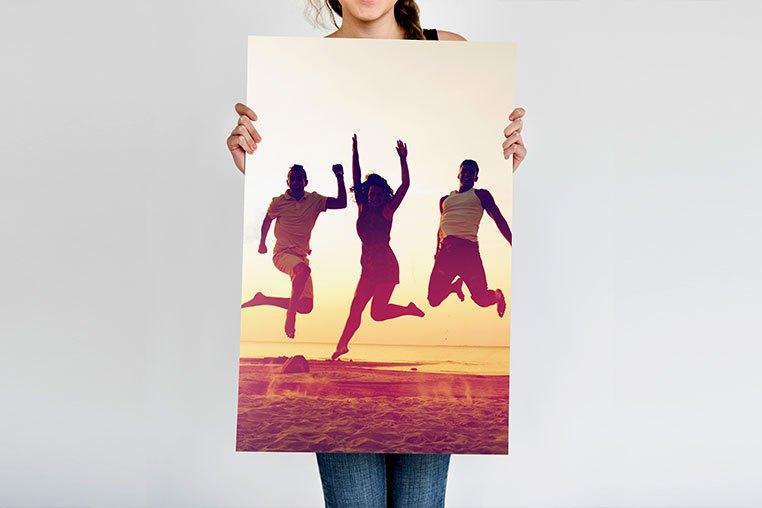 Claves para crear un póster original con tus mejores fotos