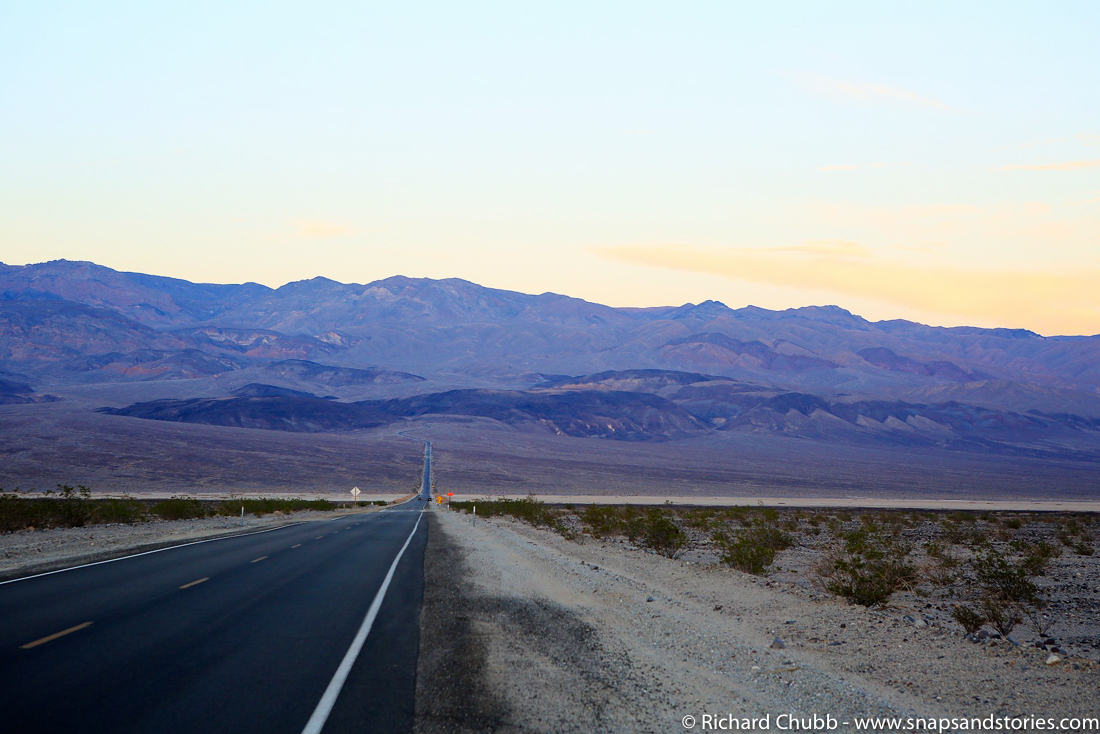 usa-road-trip-scorching-death-valley-1050