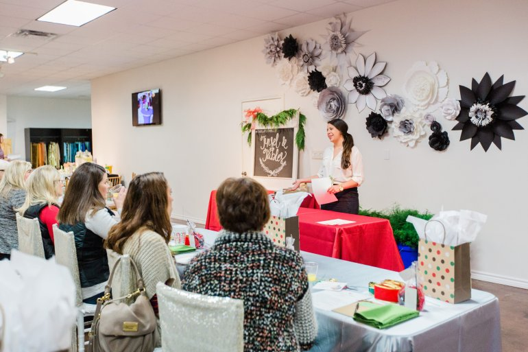 TINSEL_AND_TABLES_WORKSHOP_053