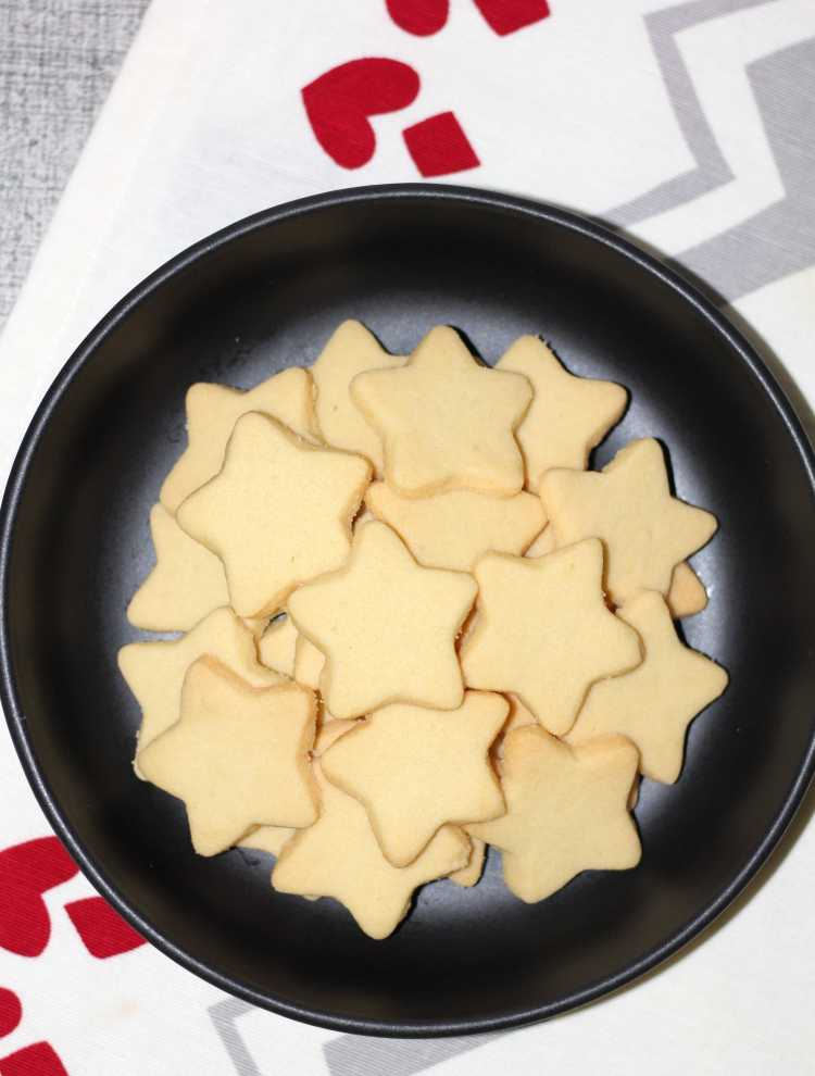 Vanilla Cut-Out Cookies