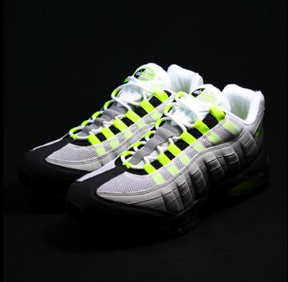 Colorway: Neutral Grey/Neon Yellow-Dark Charcoal Retail Price: $140.00. Nike
