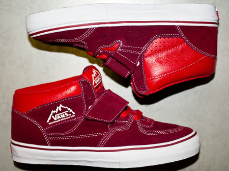 Vans Mountain Edition Mid - Burgundy / Red - White