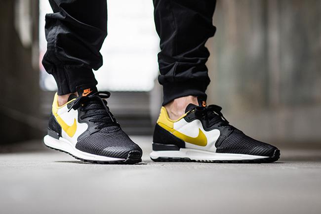Nike Air Berwuda Peat Moss