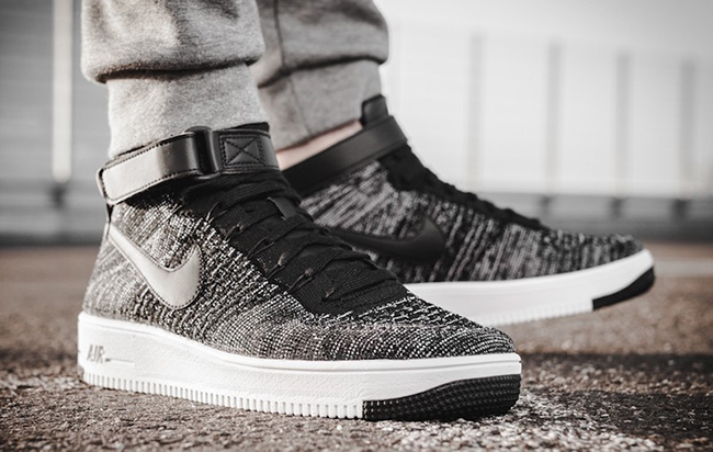 Nike Air Force 1 Ultra Flyknit Mid Oreo