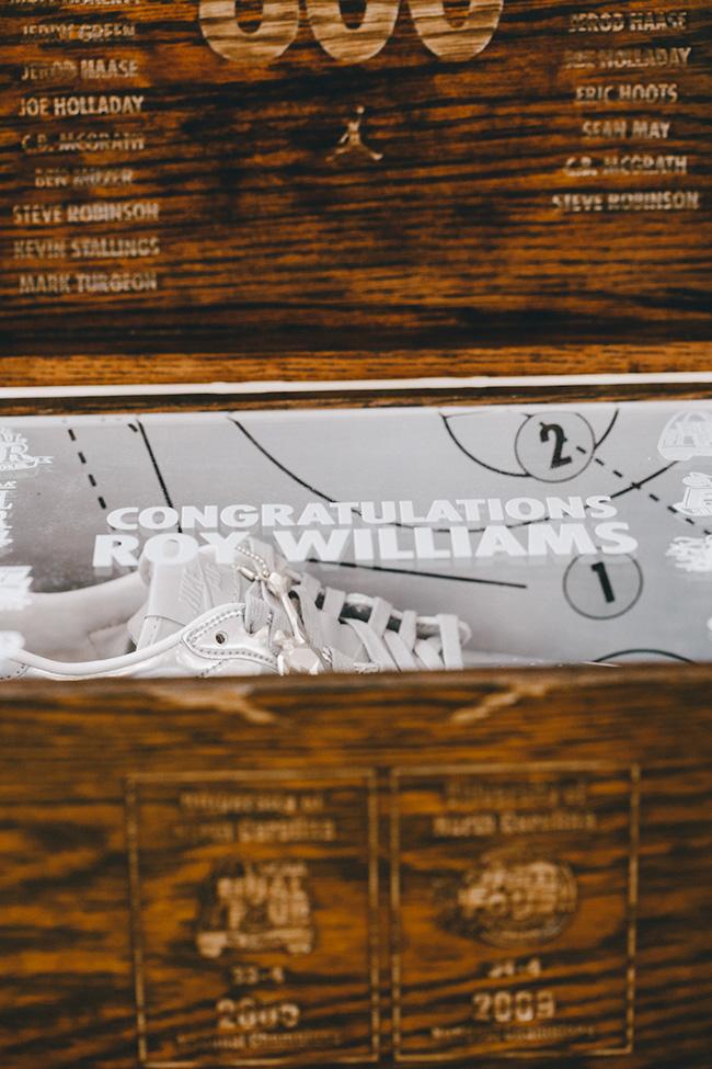 Air Jordan 1 Low Pinnacle Roy Williams 800 Wins