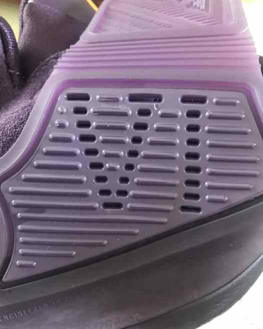 Nike Kyrie 6 Grand Purple BQ4630-500 Release Date Info