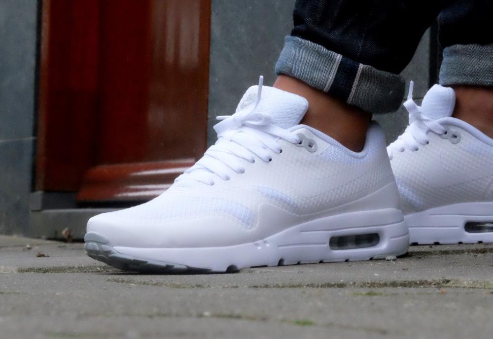 Nike Air Max 1 Ultra Essential Triple White Platinum
