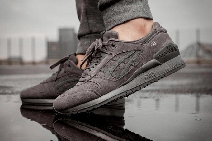 Sepatu Sneakers Asics Gel Respector
