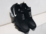 NIKE AIR VAPORMAX MOC 2 Black / Light Cream