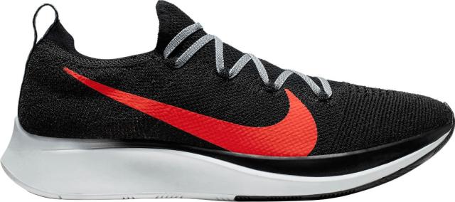 sepatu lari Zoom Fly Flyknit Nike