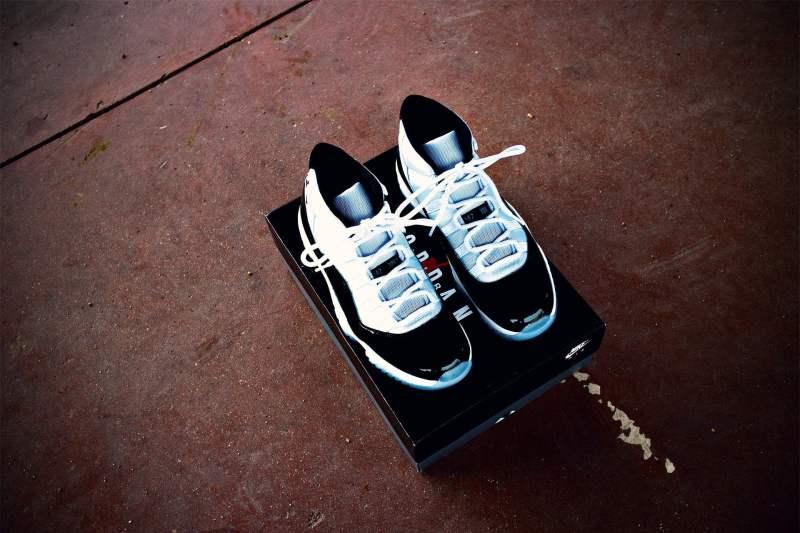 Nike Air Jordan Concord 2018
