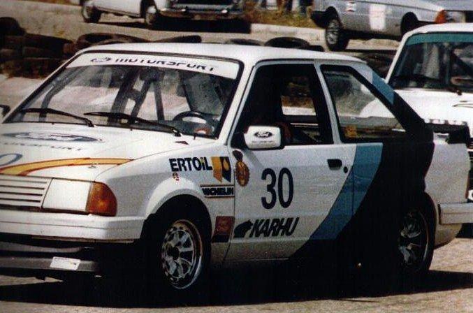 Así lucía el Ford Escort XR3i de Carlos Sainz en Calafat por el año 1984