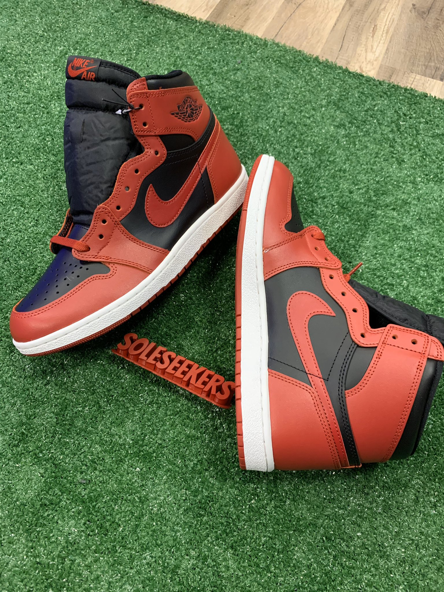 First Look: Air Jordan 1 High 85 'Varsity Red/Black'
